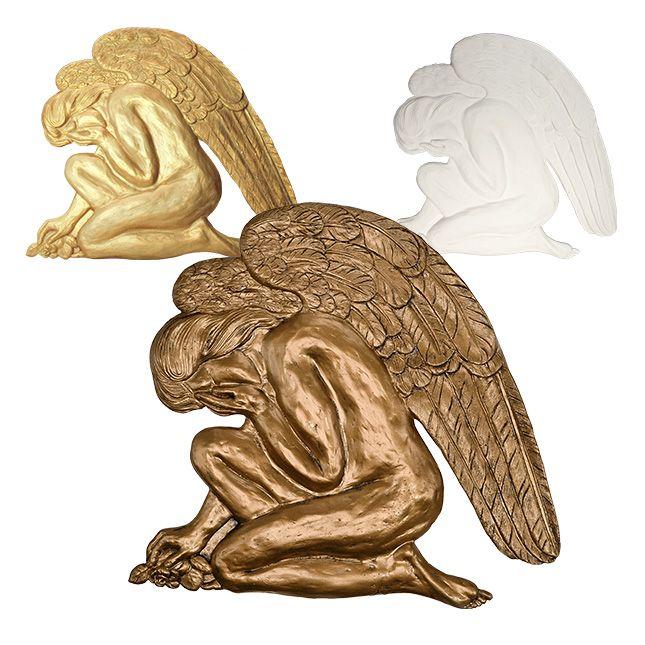 Anioł w rozpaczy - płaskorzeźba na grób